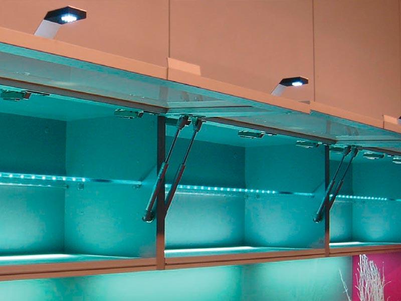 iluminación en la cocina, cocinas de diseño, cocinas de calidad, fábrica de cocinas
