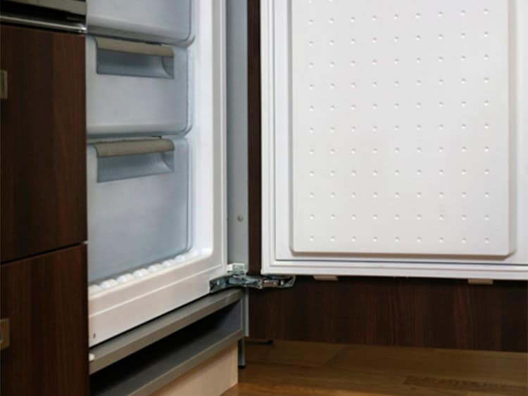 Integrated refrigerator Units
